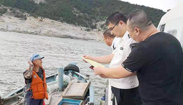 排隐患、保安全 崂山区办事处协同开展海上安全检查